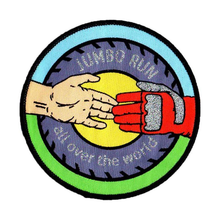 Aufnäher, gewebte Aufnäher, Aufnäher Produktion, Aufnäher herstellen lassen, Aufnäher produzieren lassen, Patches, Badges, Embleme, Abzeichen, Werbeartikel, Patch, Patches, NonvisioN, gewebter Aufnäher aufgenäht auf Mützen, gewebter Patch, gewebte Patches, Patches herstellen lassen,