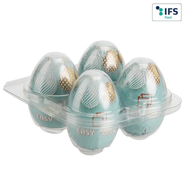 Vier Ostereier in Plastikpackung