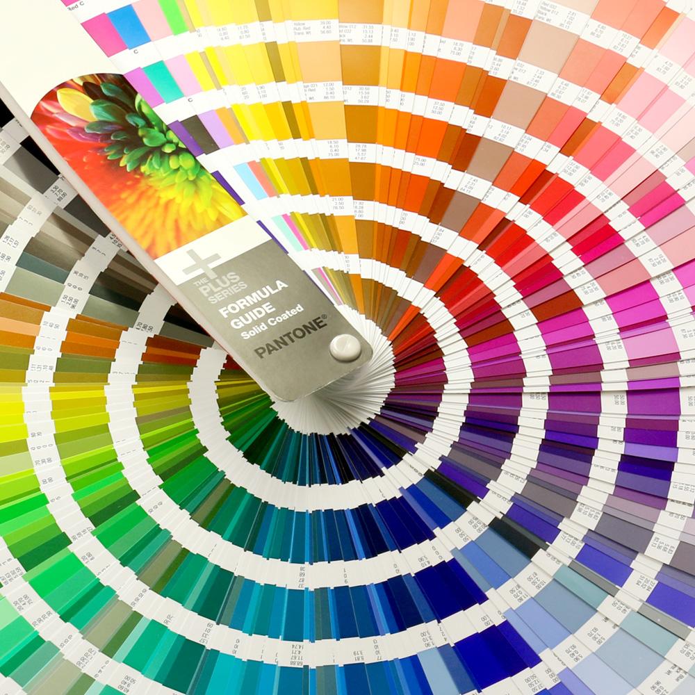 Garnfarben Gewebte Aufnaeher Pantone