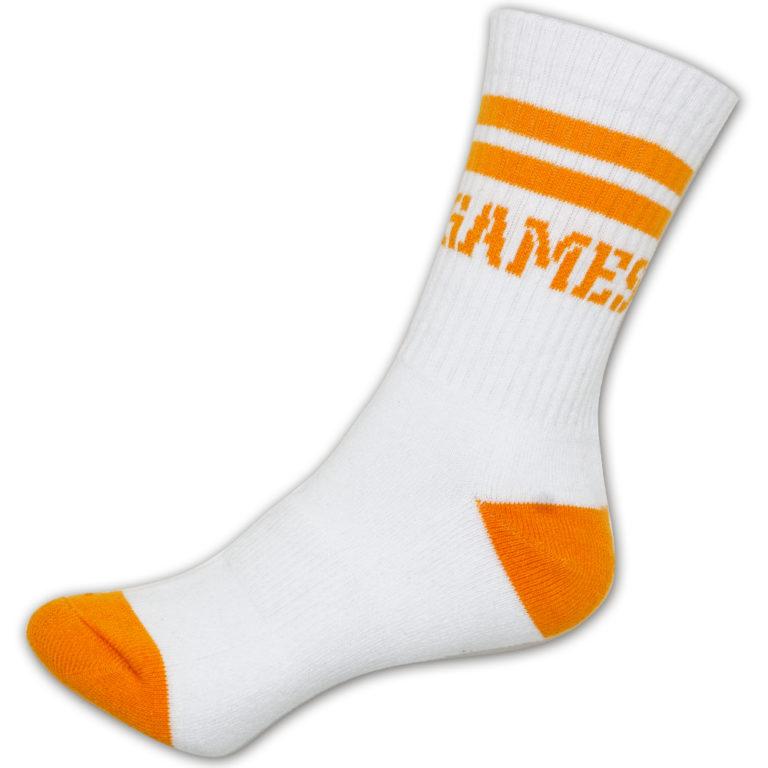 Weißer Sportsocken mit Orangener Schrift und Designaspekten - Nonvision
