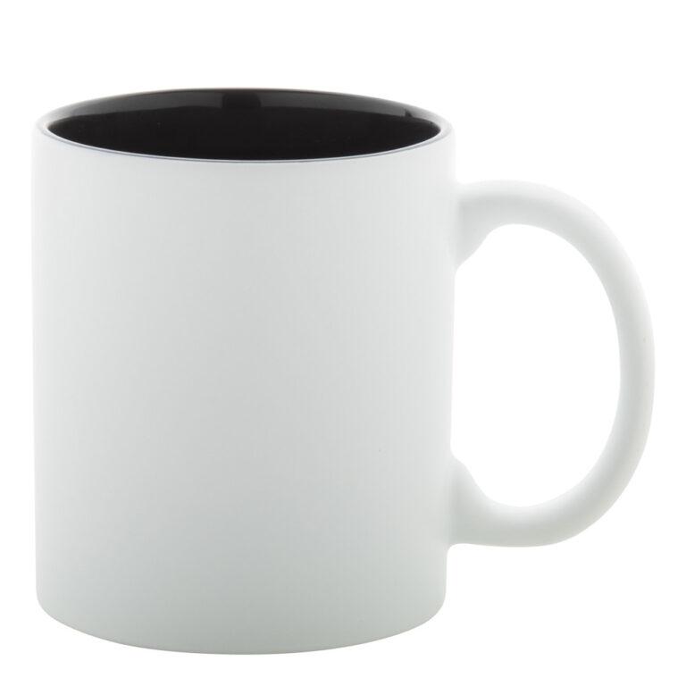 weiss-schwarze Tasse gravieren lassen